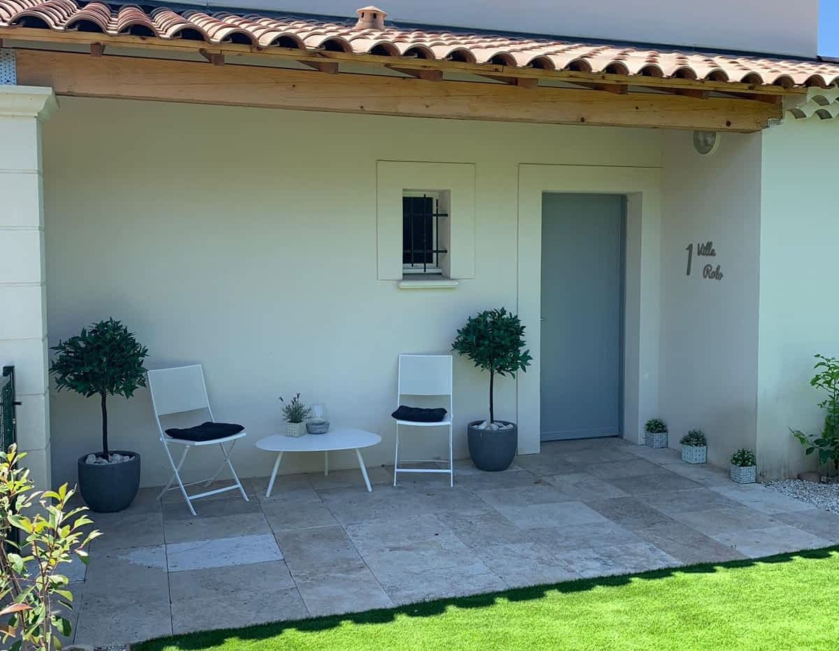 Villa to rent for holidays in Provence l villa Rolo