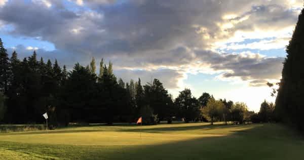 Où faire du golf dans les alpilles l ma villa en provence
